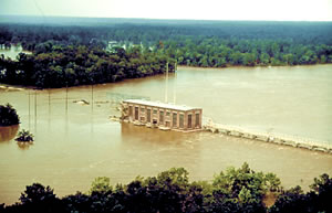 Lake Worth Dam Failure 7/94. Photo courtesy of USGS.